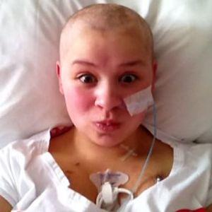 Leah's first bald selfie