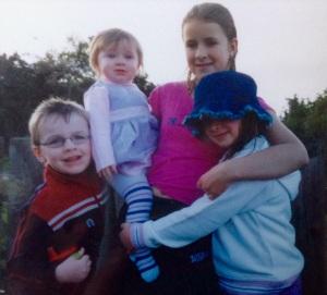 Simon, Miriam, Rachel and Leah, October 2004
